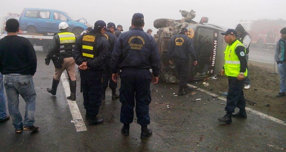 vehículos colisionan en accidente registrado en la variante de pasamayo